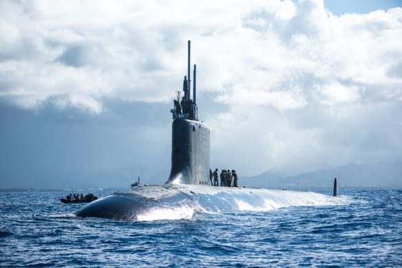 Multinational special operations forces participate in a submarine insertion exercise with the fast-attack submarine USS Hawaii (SSN 776) and combat rubber raiding craft off the coast of Oahu, Hawaii, during Rim of the Pacific (RIMPAC) exercise, July 9, 2018. (U.S. Navy photo by Mass Communication Specialist 1st Class Daniel Hinton/Released)